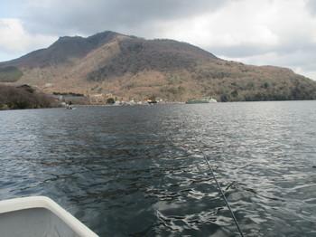 290312芦ノ湖.JPG